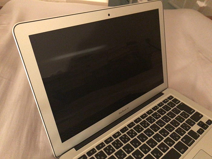 新品同様のMacbookair整備済製品の画像