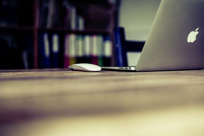 新しいMacBook Airを購入するのはいいけど、どんな仕様のを買えばいいのか迷う・・・画像