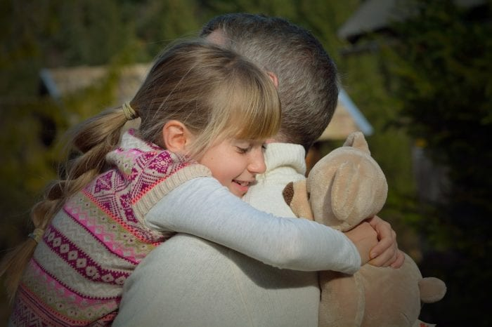 お父さんが思春期の女の子と良好な関係を築く5つの法則